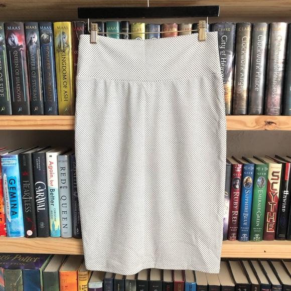 LuLaRoe Dresses & Skirts - LuLaRoe White Black Polka Dot Cassie Pencil Skirt